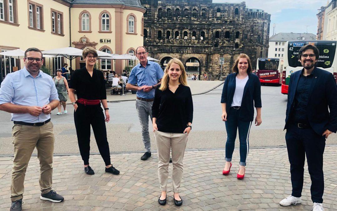 Geschlossen, engagiert und motiviert – Verena Hubertz ist unsere Nominierung als Kandidatin für den Deutschen Bundestag.